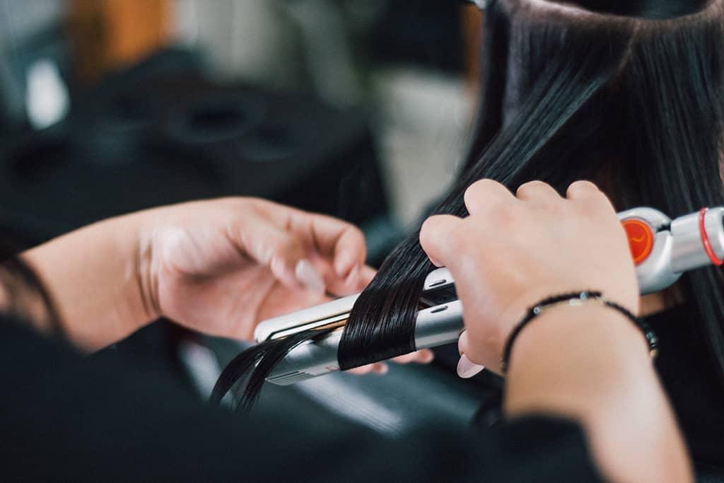 Plancha de vapor para el cabello